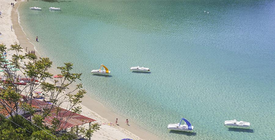 Tretboote am Cavoli Auf der Insel Elba