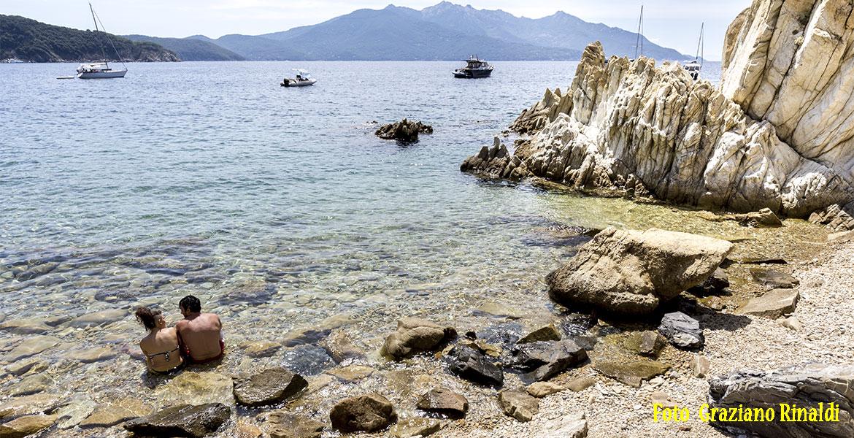 Foto von:  La Pinetina: der Strand den es nicht gibt